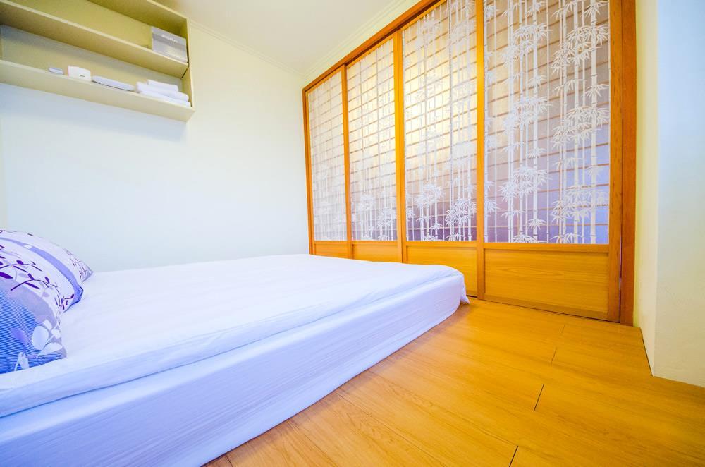 背景墙 房间 家居 酒店 设计 卧室 卧室装修 现代 装修 1000_662